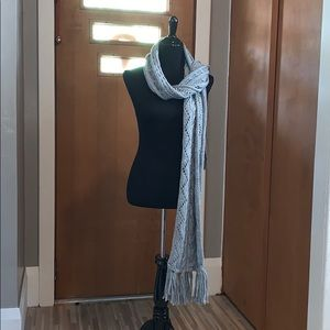 Michael Kors Gray cable knit winter scarf